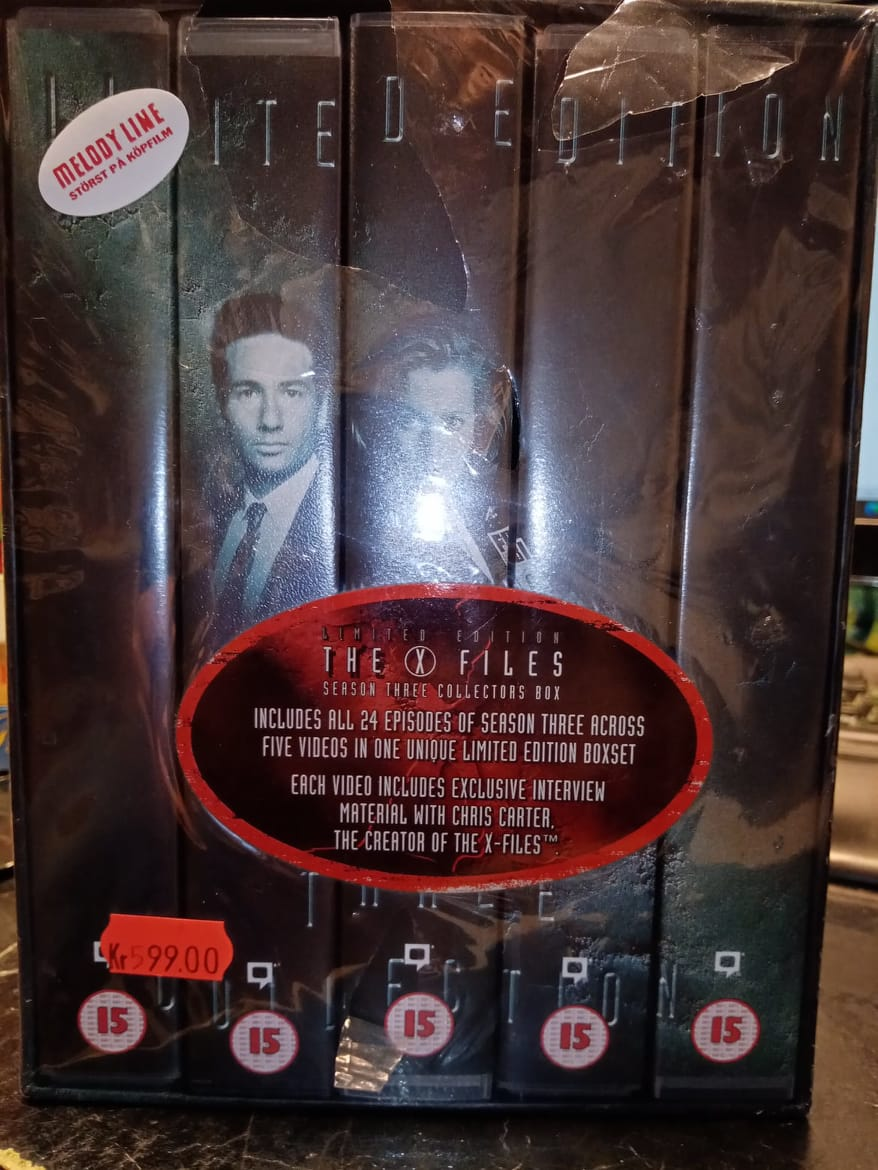X-FILES SEASON 3 (VHS)NY - UK
